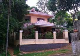 4BHk spacious villa available for sale in Ulunthy, Mavelikara