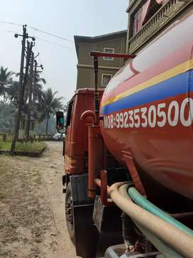 Driver with heavy licence. Tanker 6 wheeler,