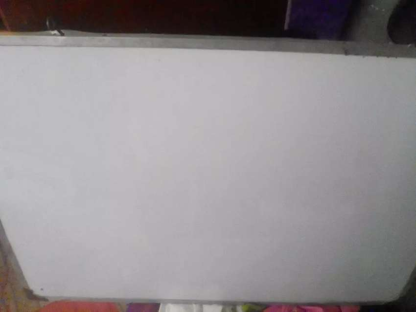 White board 2.5 ft by 1.5