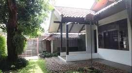 Disewakan Rumah, Bisa untuk Kantor - Jl. H. Saidi, Cipete Jaksel