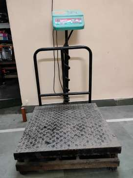 Weighing Scale 300 K. G.