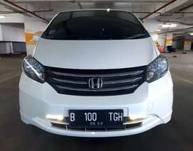 Honda Freed PSD A/T 2010 Putih