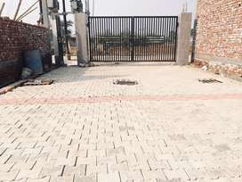 Plot for sale in developed gated colony sec 20, G Noida