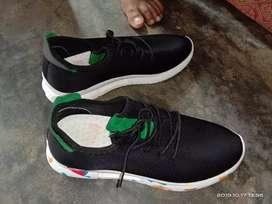 Bhai bilkul new shoes h