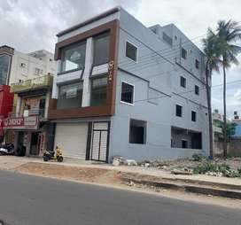 Comercial building for sale