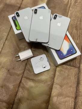 IPhone X 64Gb - silver mulus