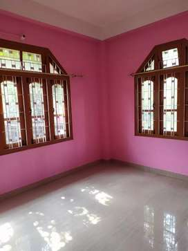Independent 2 BHK @ builder floor available for rent.