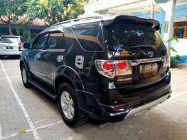 fortuner  2010 matic pajak on terima plat a