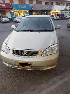 Toyota Corolla Altis 1.8 petrol Golden colour.Auto Transmission