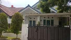 B2274 rumah di jual (bulevar hijau)