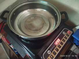 Unused induction cooker for sell with stainless steel kadai