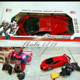 Mainan Mobil Transformer Bisa Jadi Robot Skala 1:12