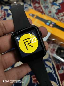 Premium Realme 44mm cellular smartwatch CASH ON DELIVERY negotiable