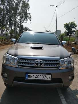 Toyota Fortuner 2.8 4X4 Manual, 2010, Diesel