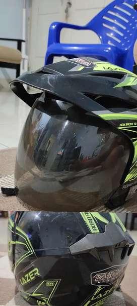 helm takira bekas