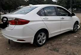 Selling Honda cvt ,singlehand used by woman