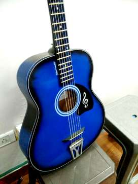 New Branded guitar in best challengeable price, free delivery