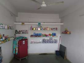 RENT SHOP WITH GOOD LOCATION CORNER
