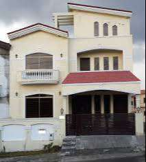 10 Marla triple story house seven bedrooms very beautiful house huge p