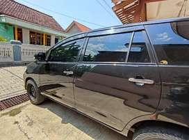 INNOVA Diesel 2005 inova solar hitam