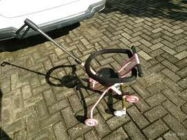 Tricycle Dorong Anak dengan 5 Roda Pink