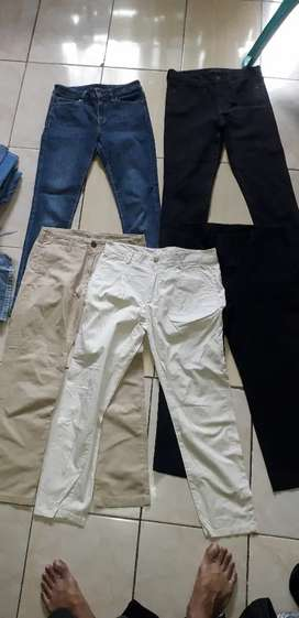 Borongan celana uniqlo