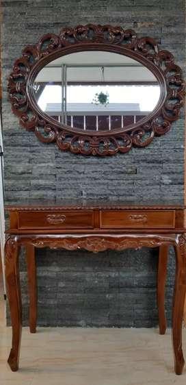 Cermin dan meja hias (bisa beli salah satu sj, harga bersahabat)