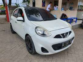 Nissan March MT 2014 (mobil lelang)