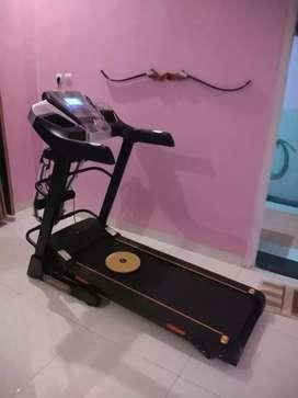 Alat fitness treadmill elektrik i5 barcode hbb588 / sepeda statis dll