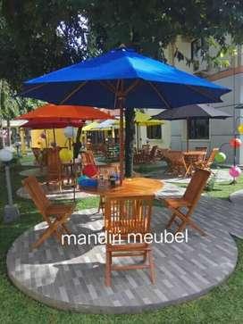 Meja payung cafe meja taman kursi kayu jati.