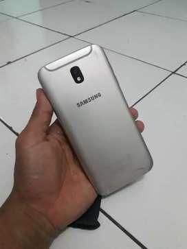 Samsung j5 pro,,