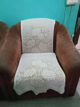 5 Seater sofa in good condition Only Genuine buyer