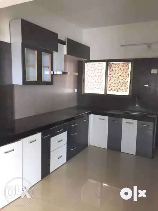 3bhk flat available in Apollo DB City. Covered campus 24 hour's CCtv 0