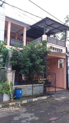 Rumah Strategis 2 Lantai Depok 2 Menit ke Stasiun Citayam