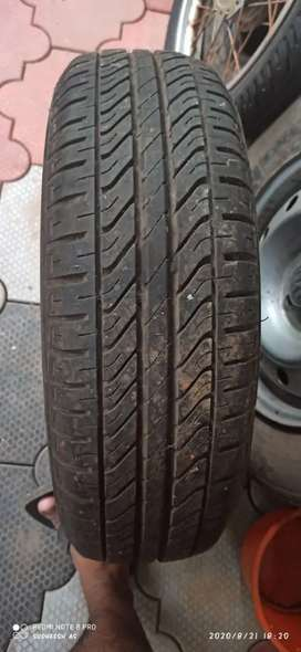 shift Dram& tyres 5 tyres 75% good one tyre 90% good