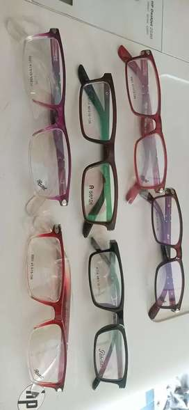 Eye glasses and lens