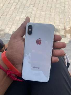 Iphone x new confition 1.5 year old like a new phone