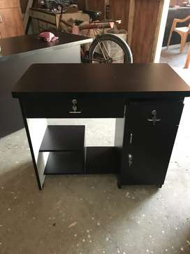 Table computer office