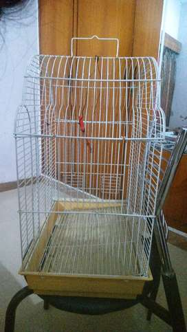 BIRD CAGE IN GOOD CONDITION
