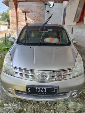 Nissan grand Livina XV manual
