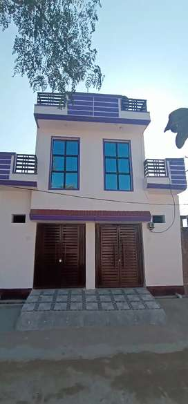 Houses for sale in buddheshwar lucknow near hp petrol pump