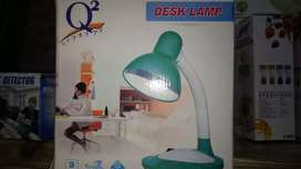 Lampu baca meja belajar Desk lamp Q2-8901