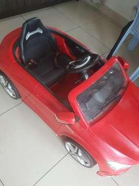Kids ride on car (hamleys)