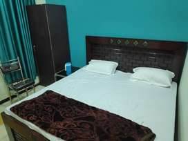 Fully Furnished AC Deluxe Rooms for Rent (Electricity Separate)