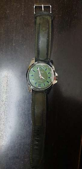 3 Watches in a very good condition. Rs300 for each watch