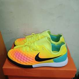 Nike Magista X Finnale II Yellow Volt IC