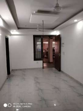 2 BHK Builder Flat in Sector-105,Rajendera park