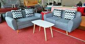 Set sofa tamu retro.