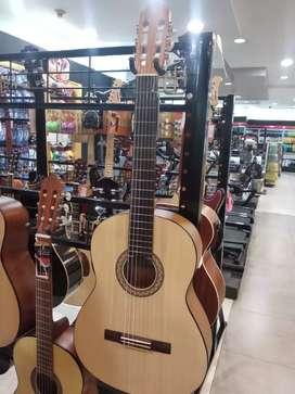 Yamaha guitar C30 M bisa Cicilan di Homecredit