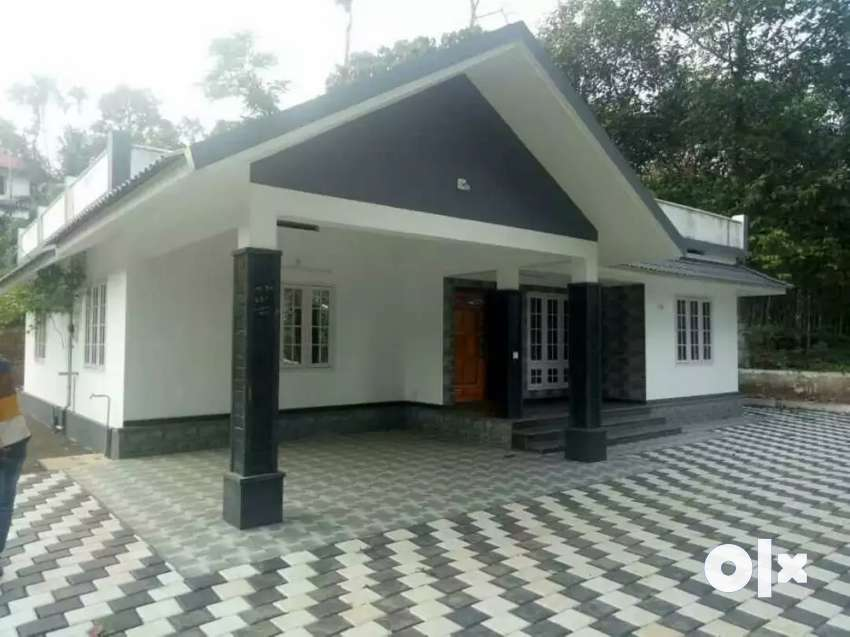 1400 sqft new house near varappetty 0